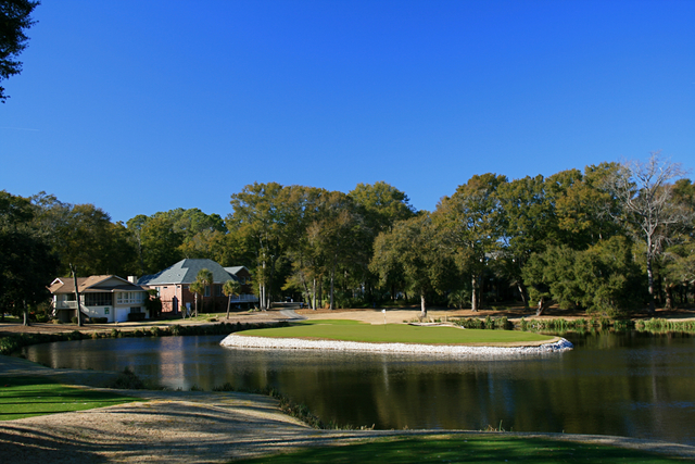 Oyster Bay Golf Links Back Nine Features Two Island Green Par 3s