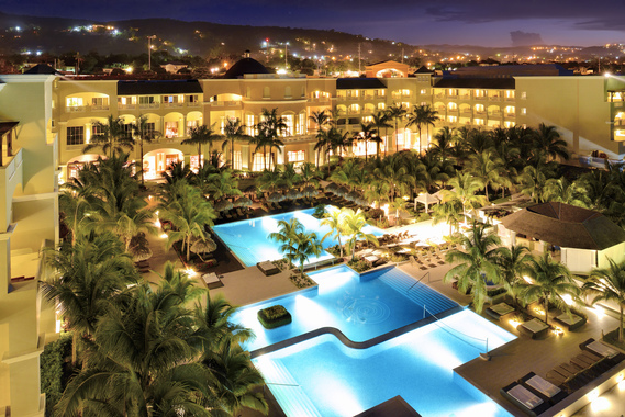 5 At The Cinnamon Iberostar Grand Hotel Rose Hall Is Just Minutes From Three Strong Golf Courses Near Montego