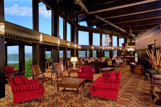 Courtesy Of Grand Traverse Shanty Creek Resorts Lakeview Restaurant Overlooks Torch Lake