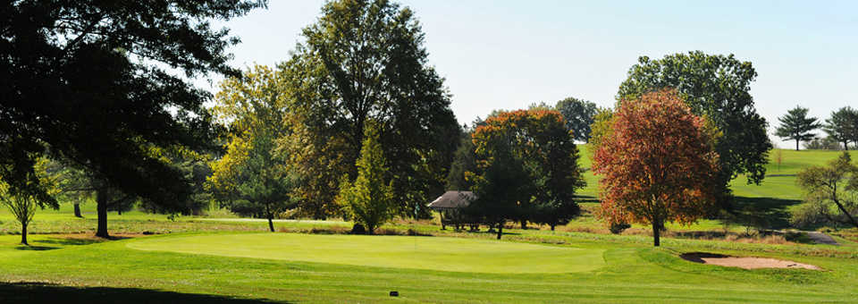 Green Knoll GC: #17