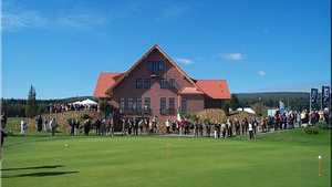 Friedberg/H GC: clubhouse & putting green