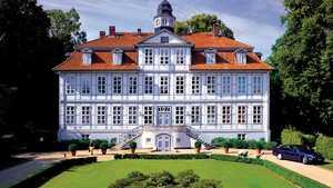 Schloss Luedersburg GC: castle