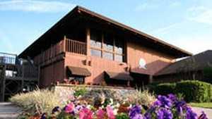 Lakeside GC: clubhouse
