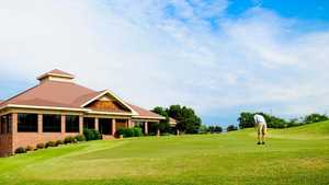 Lane Tree GC: clubhouse