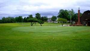 Warrenton GC: clubhouse