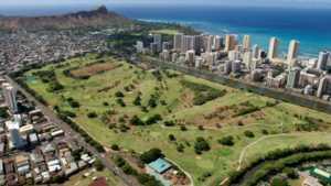 Ala Wai GC: aerial view