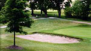 Highland Hills GC: sand trap