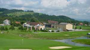 Golf Emmental: Driving range & clubhouse