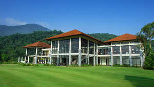 Laguna Lang Co GC: Clubhouse