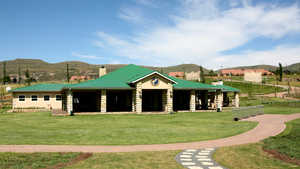 Clarens GTE: Clubhouse
