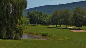 Shawnee Inn and Golf Resort - White Course - hole 8