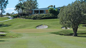 Byron Bay GC: #4 & clubhouse