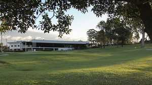 Fox Hills GC: Clubhouse
