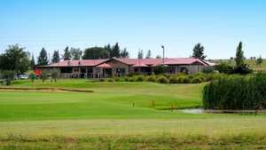 Longyard GC: Clubhouse