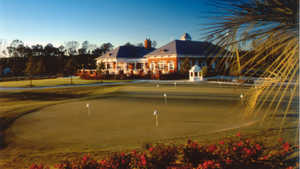Signature at West Neck: Clubhouse