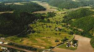Walnut Grove GC: Aerial view