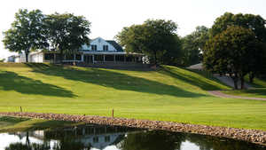 Forest Hills GC: Clubhouse