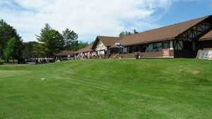 Merrill GC: Clubhouse