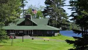 Plum Lake GC: Clubhouse