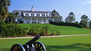 Calusa Pines GC: Clubhouse