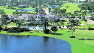 Pelican Pointe GCC: Clubhouse