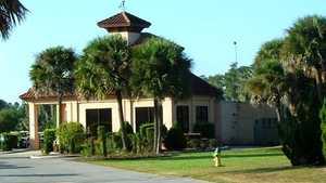 Lake Orlando GC: Clubhouse