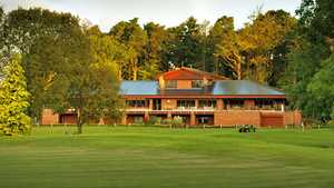 Bothwell Castle GC: Clubhouse