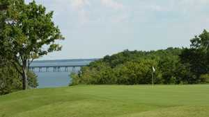 Chickasaw Pointe GC: #12