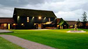 Crondon Park GCC: Clubhouse