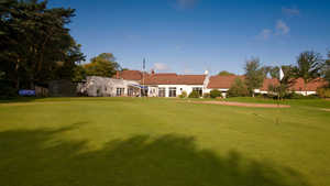 Dore & Totley GC: Clubhouse