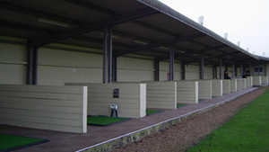 Rother Valley GC: Driving range