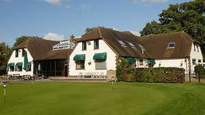 Oak Park GC: Clubhouse