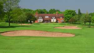 Moseley GC: Clubhouse & #18