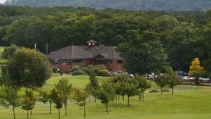 Singing Hills GC: Clubhouse
