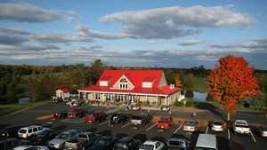 Meadows Farms GC: Clubhouse