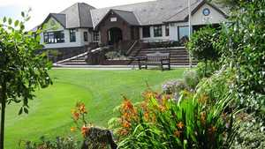 Peterstone Lakes GC: Clubhouse
