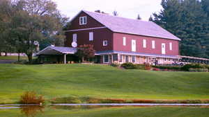 Meadowink GC: Clubhouse