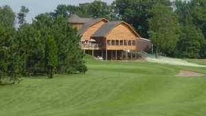 Butternut Hills GC: Clubhouse