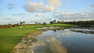 Cancun Country Club - El Tinto