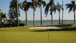 Isla Del Sol GYCC