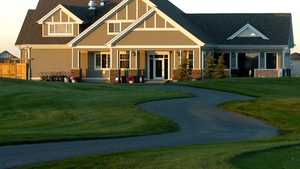 Muirfield Lakes GC: Clubhouse