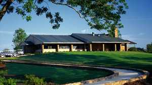 River Ridge GC: Clubhouse