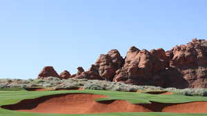 Sand Hollow: View from #18