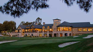 Sharon Heights GCC: Clubhouse
