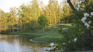 Country Lake GC: #18
