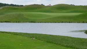 Sanctuary Lake GC: tee #9
