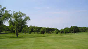 Beverly Golf & Tennis Club: #8