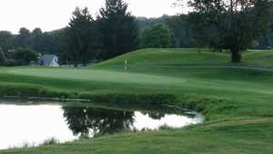 Green Valley GC: #18
