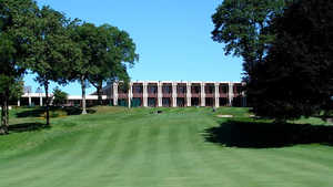 Glen Oaks Club