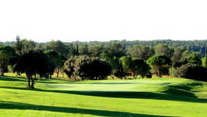 Coulondres GC - 18-hole: #8